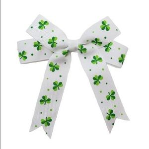 NWT! Set of Two Shamrock Boutique Hairbows
